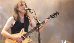 Malcolm-Young-200228a