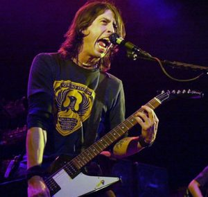 Foo-Fighters-201022a